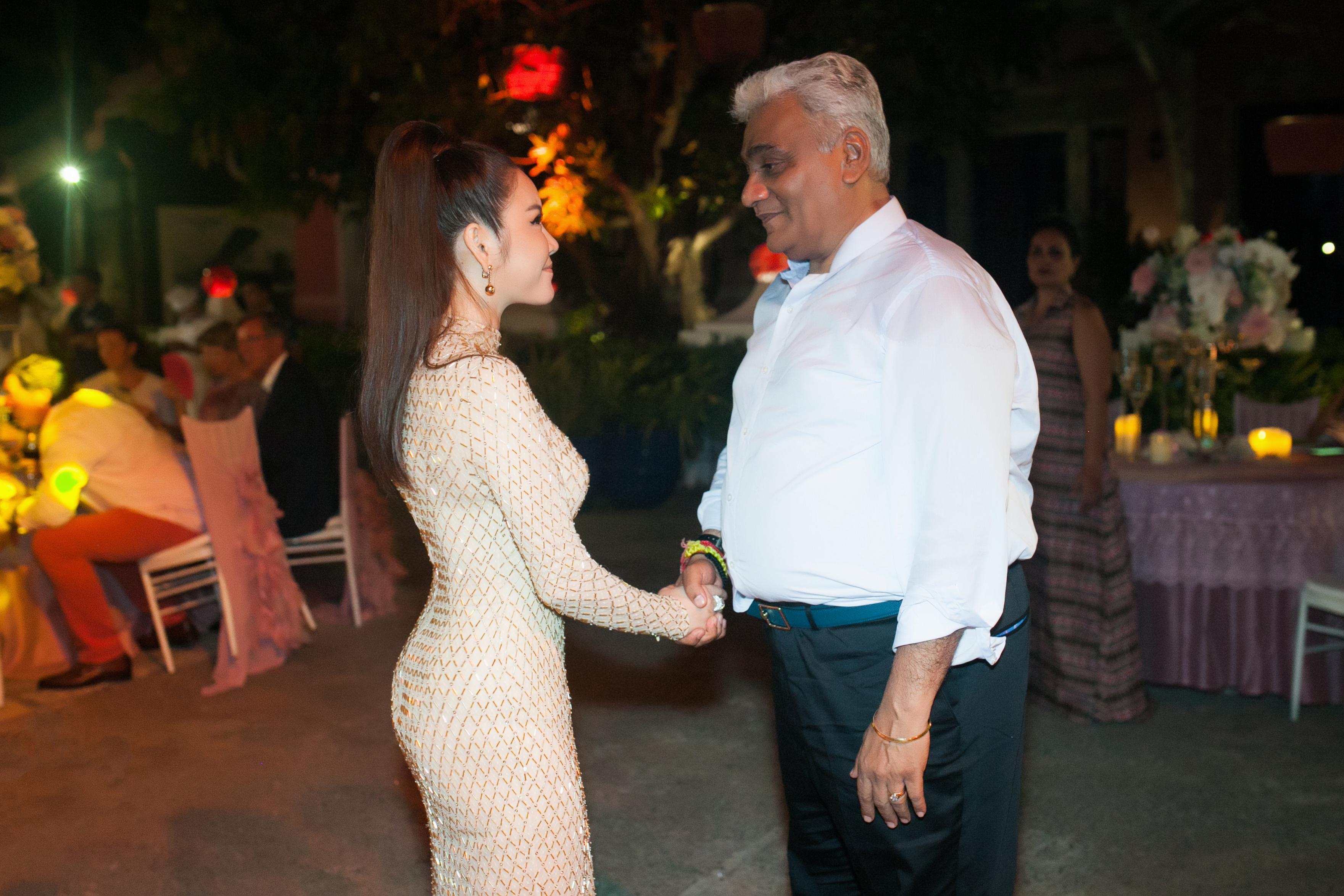 Lý Nhã Kỳ là khách VIP trong đám cưới tỷ phú Ấn Độ 6