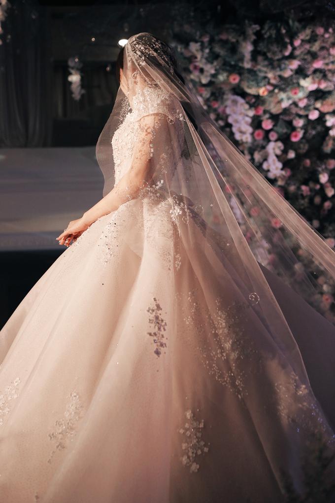 Váy cưới đính 28.000 pha lê, đá quý của Rich kid Trinh Hoàng 4