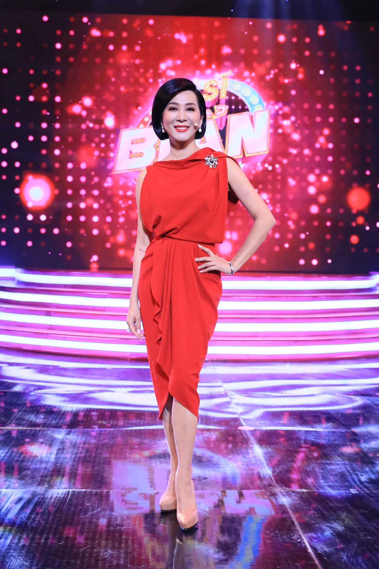 MC hải ngoại Nguyễn Cao Kỳ Duyên bất ngờ về nước làm giám khảo gameshow 1