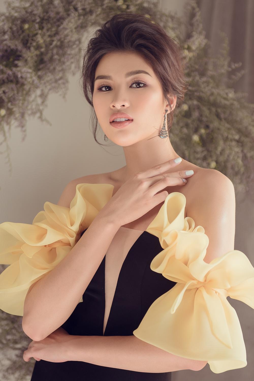 'Người đẹp số nhọ' Nguyễn Thị Thành 'lên đời' nhan sắc sau 4 năm vào showbiz 4