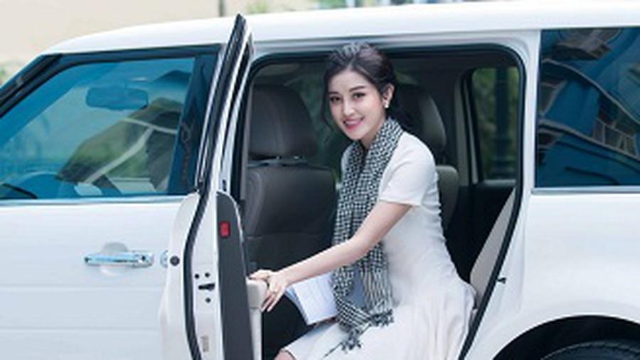 Dàn hoa hậu, á hậu gắn liền với siêu xe của vua cafe Đặng Lê Nguyên Vũ 2