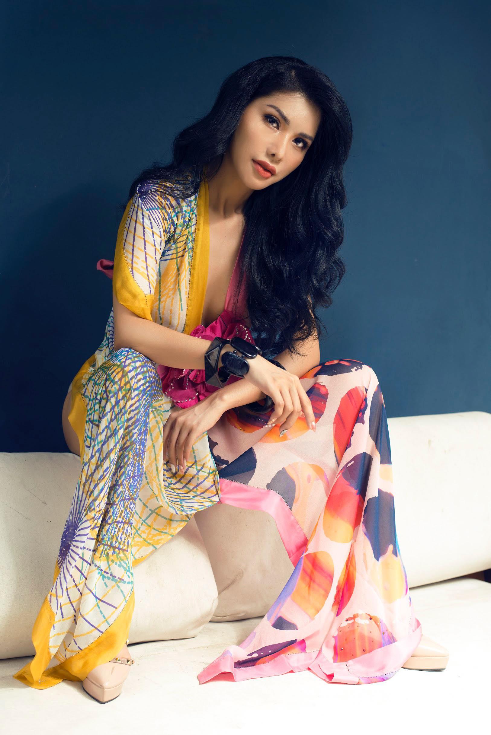 Vẻ đẹp vạn người mê của nữ tiếp viên hàng không Vietnam Airlines trong bộ ảnh mới 4