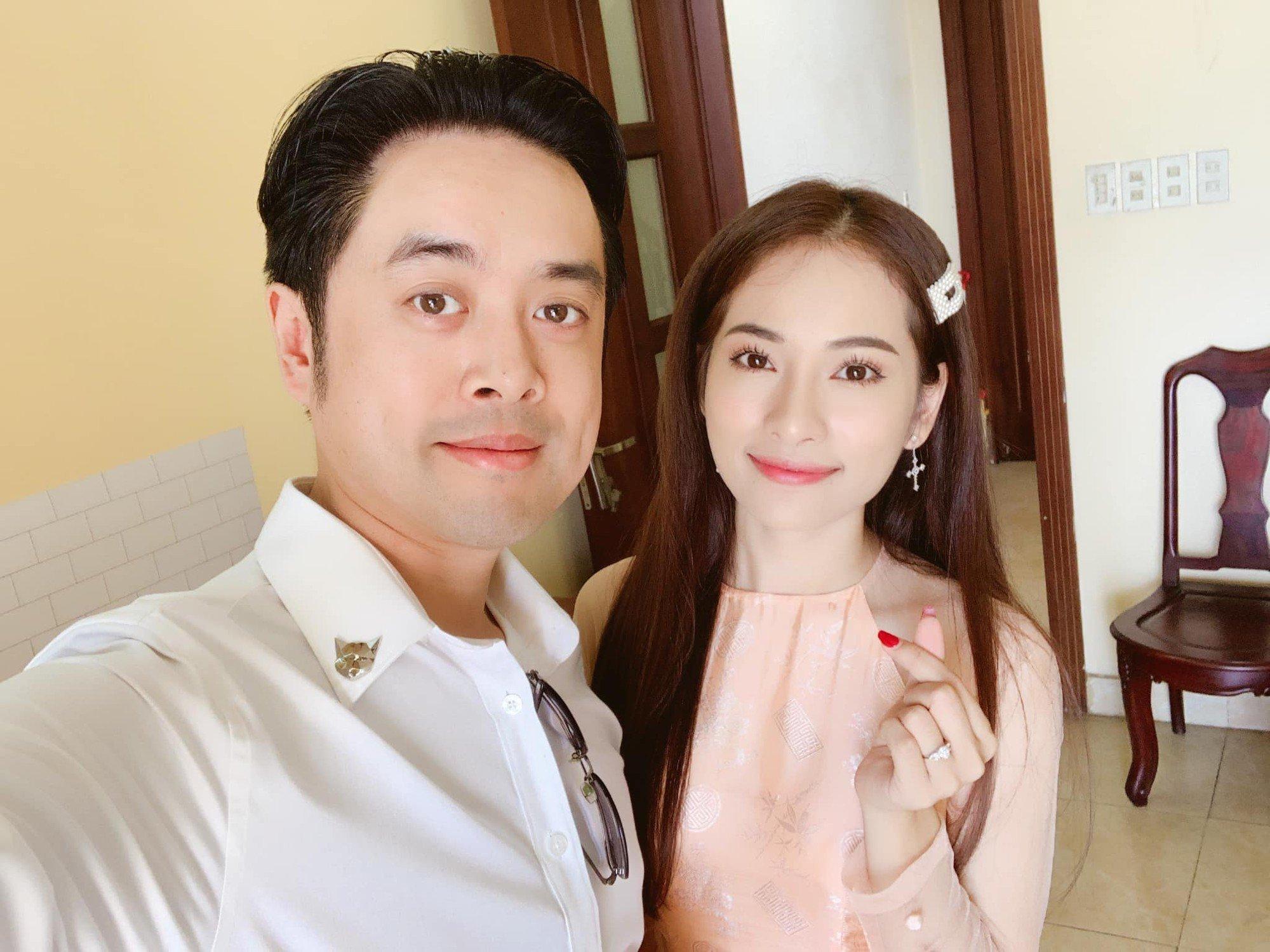 Dương Khắc Linh - Sara Lưu hé lộ thiệp cưới cùng yêu cầu cho khách mời dự tiệc 2