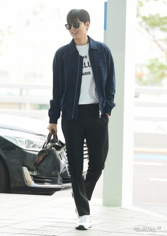 Lee Min Ho gây náo loạn sân bay bởi phong thái ngút trời 2