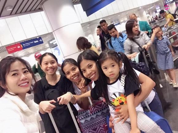 Mai Phương vui vẻ đưa con gái đi du lịch ở Malaysia và Singapore 2