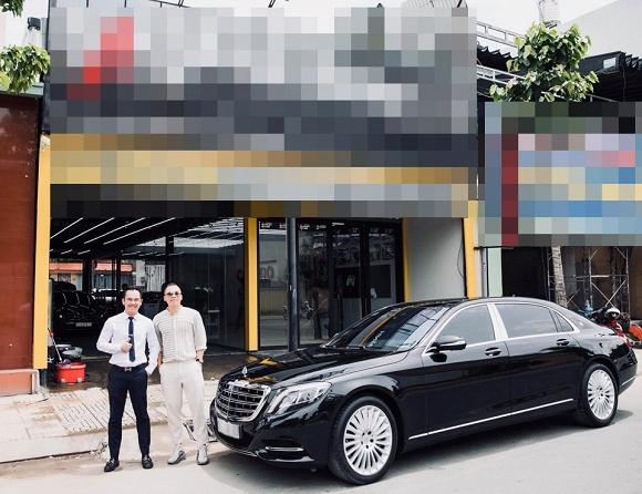 Vũ Khắc Tiệp chứng tỏ độ giàu 'khủng' khi dùng xe hơi 10 tỷ giống hệt Ngọc Trinh 4