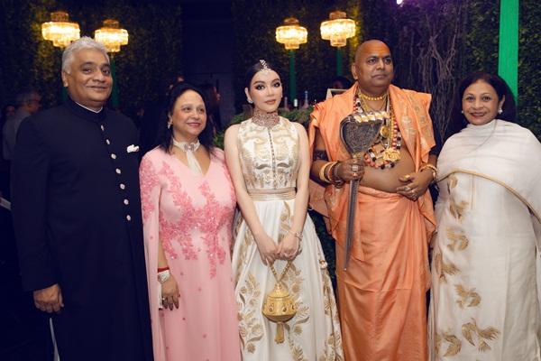 Lý Nhã Kỳ sang Ấn Độ dự sinh nhật tỉ phú Ấn từng đến Phú Quốc làm đám cưới 3