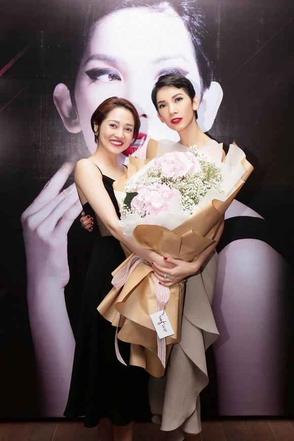 Vắng Hari Won, một mình Trấn Thành đi dự sinh nhật Xuân Lan 5