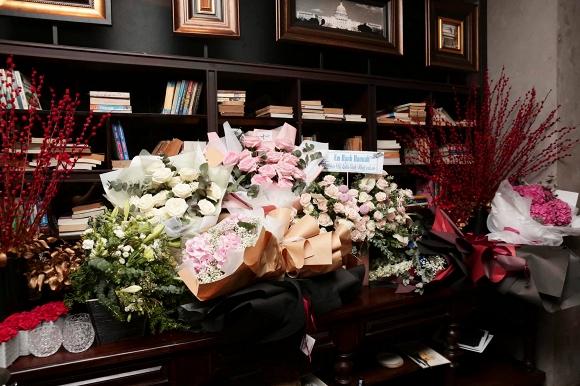 Vắng Hari Won, một mình Trấn Thành đi dự sinh nhật Xuân Lan 2