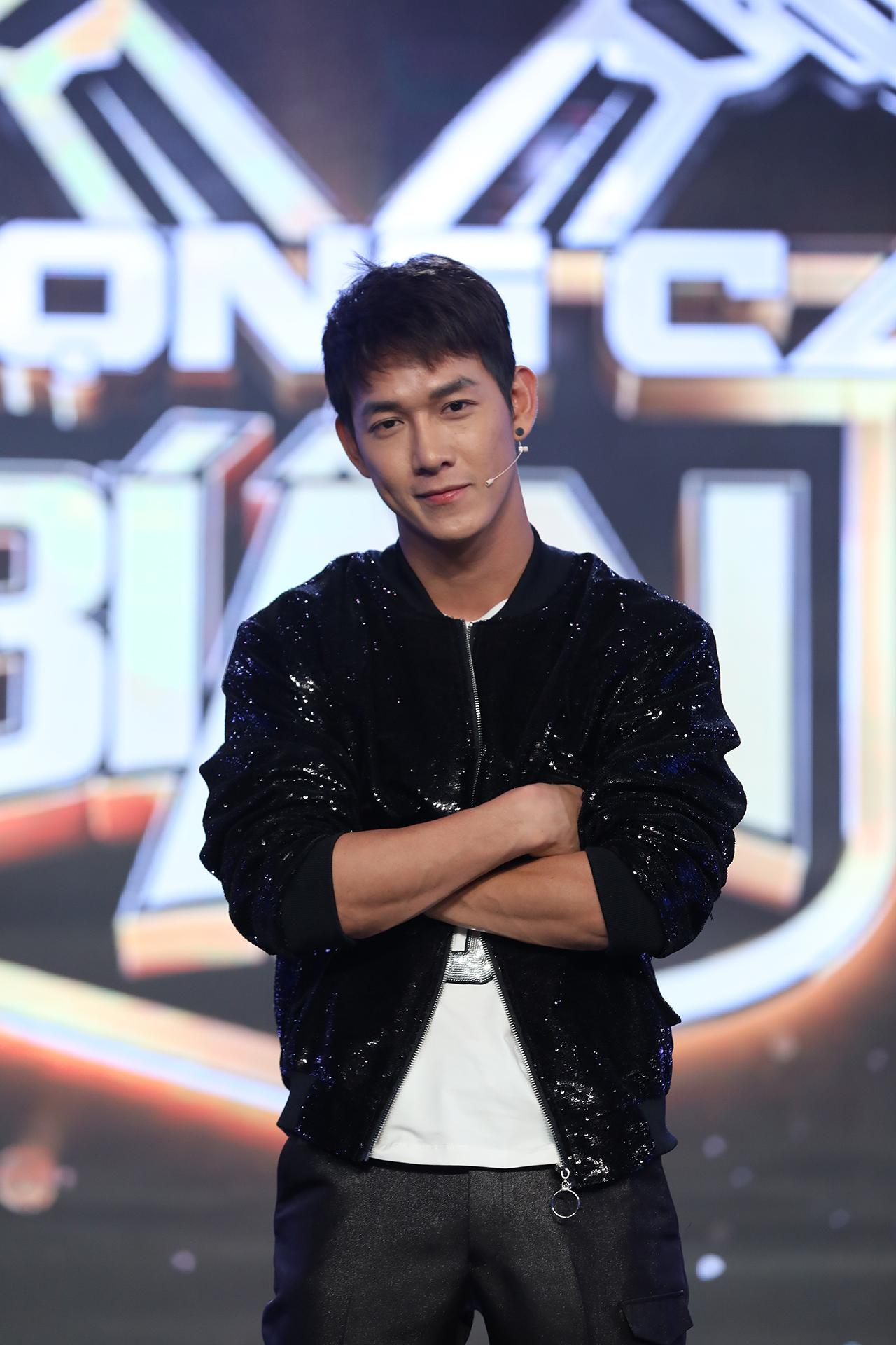Phản ứng bất ngờ của Hari Won khi ông xã Trấn Thành bị MC Nguyên Khang 'đá xéo' 1