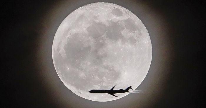 Mặt trăng tròn  hiếm sẽ xuất hiện vào Thứ sáu ngày 13 này 1