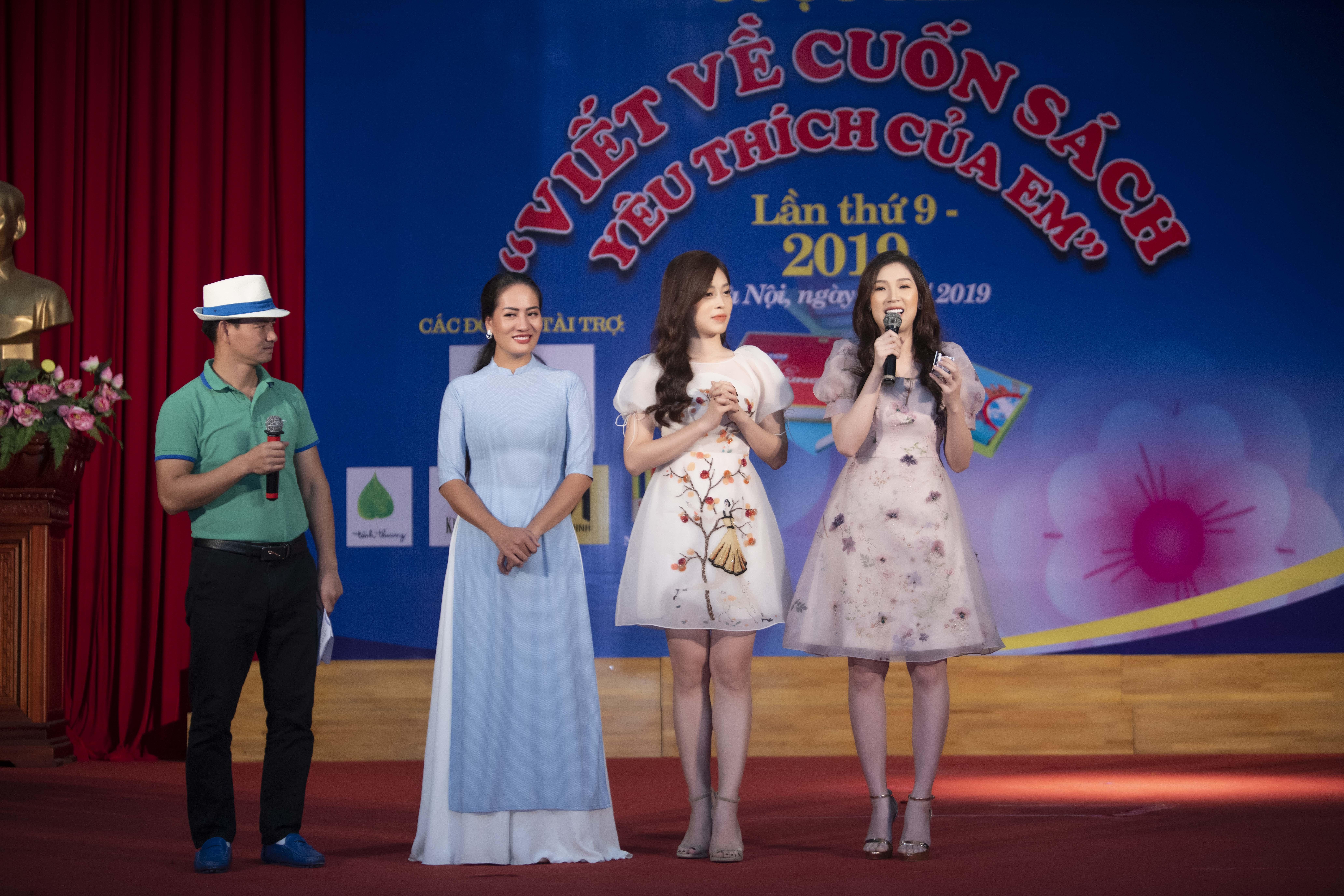 Á hậu Phương Nga khoe 'vẻ đẹp vạn người mê' đi sự kiện tại Hà Nội 7