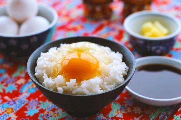 Điều gì xảy ra với cơ thể khi ăn trứng chưa chín hẳn? 3