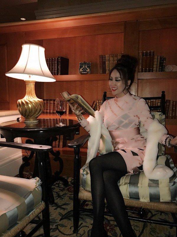 Phi Thanh Vân trở thành thảm họa thời trang khi diện đồ sến sẩm 3