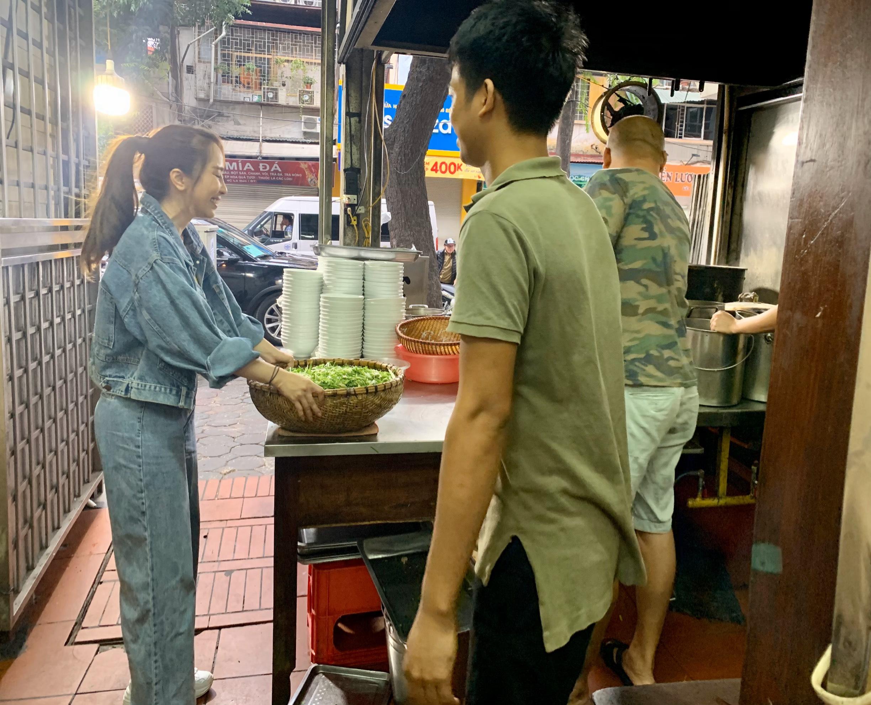 Quỳnh Nga 'nếm trải' lao động tay chân, vất vả để mưu sinh 1