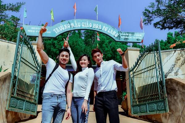 Quán quân Mister Việt Nam thăm 8 cô giáo trẻ đứng lớp không lương  1