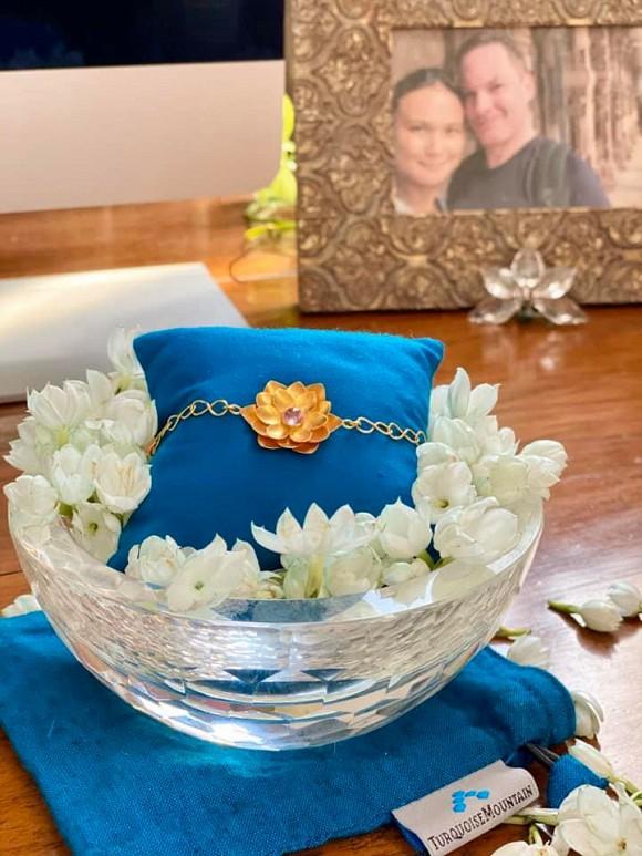 Vợ mới của chồng cũ Hồng Nhung đón sinh nhật, bất ngờ là món quà 3