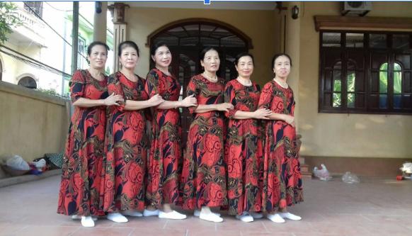 LYBEE - Biểu tượng thời trang của quý bà Việt 1