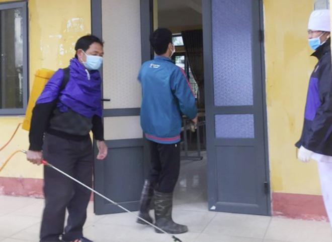 Vĩnh Phúc cách ly 6 học sinh tiếp xúc với người dương tính virus corona 1