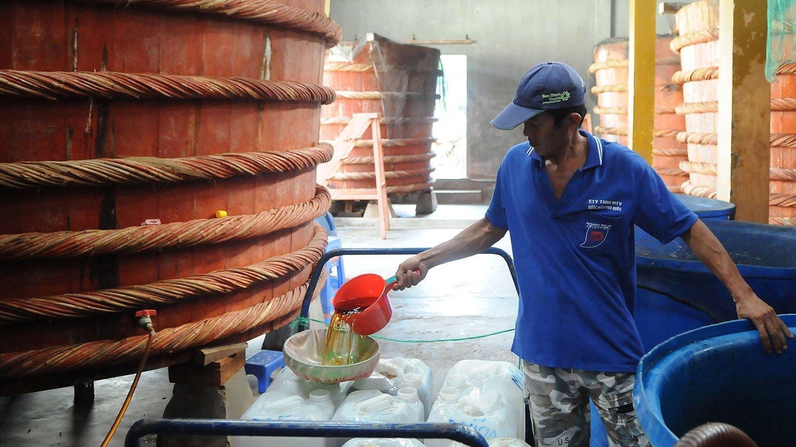 Bộ KH&CN bất ngờ tạm dừng thẩm định dự thảo tiêu chuẩn nước mắm 1