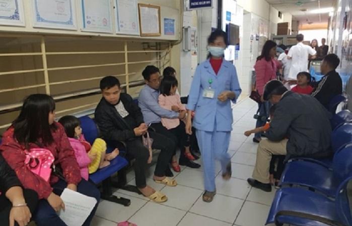 Hơn 1200 trẻ Bắc Ninh lên Hà Nội xét nghiệm sán lợn 1