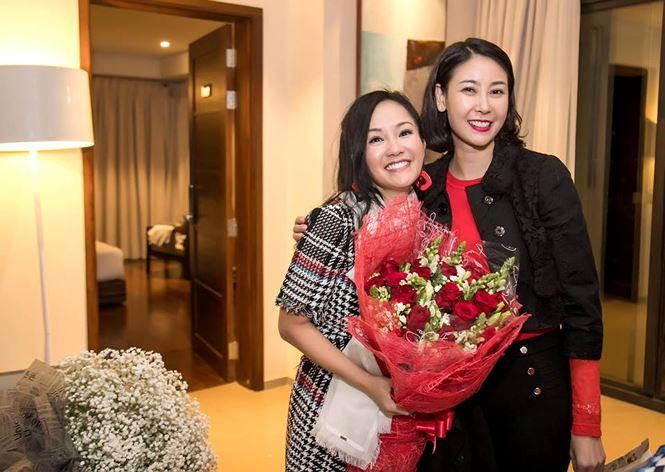 Động thái mới nhất của Hồng Nhung về nghi án có 'tình mới' sau 1 năm ly hôn chồng Tây 2