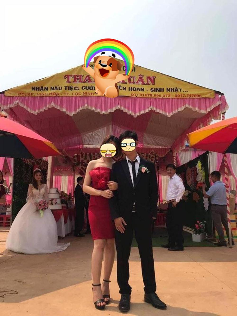 Sự thật bức ảnh chú rể chụp cùng người yêu cũ bỏ mặc cô dâu 1