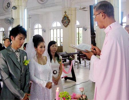 Choáng với cuộc sống giàu sang của Ốc Thanh Vân bên chồng kém sắc 4