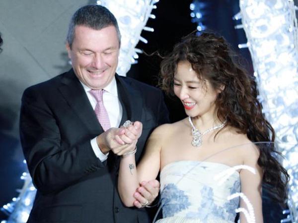 Hoắc Kiến Hoa gắt gỏng với fan giữa lúc Lâm Tâm Như bị đồn từng có một đời chồng 3