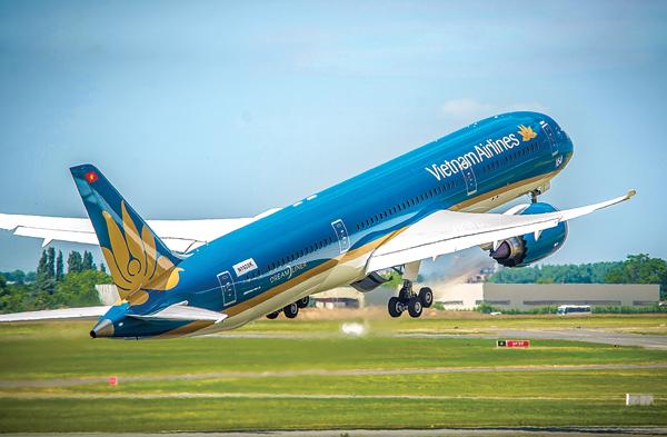 Vietnam Airline nói gì về việc quay đầu về sân bay sau khi cất cánh 30 phút? 1