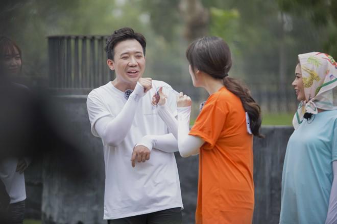 Hari Won bị Trấn Thành 'đánh' vì dằn mặt người tình màn ảnh của anh 2