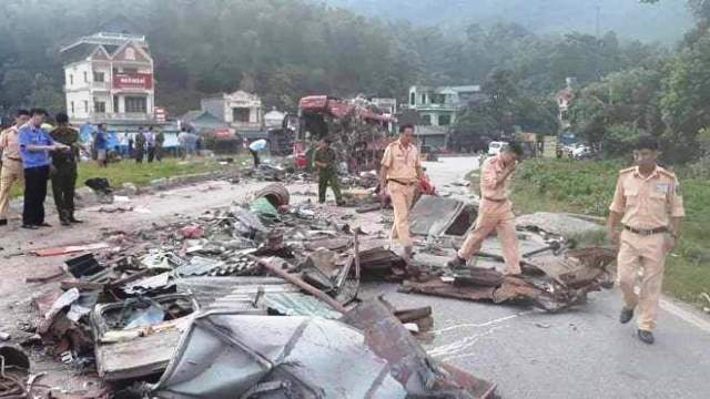 Vụ tai nạn kinh hoàng ở Hòa Bình: Xác định nguyên nhân ban đầu 2