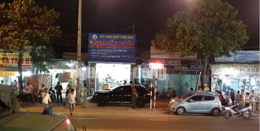 Khám nhà, công ty chủ doanh nghiệp kêu giang hồ vây xe công an ở Đồng Nai 2