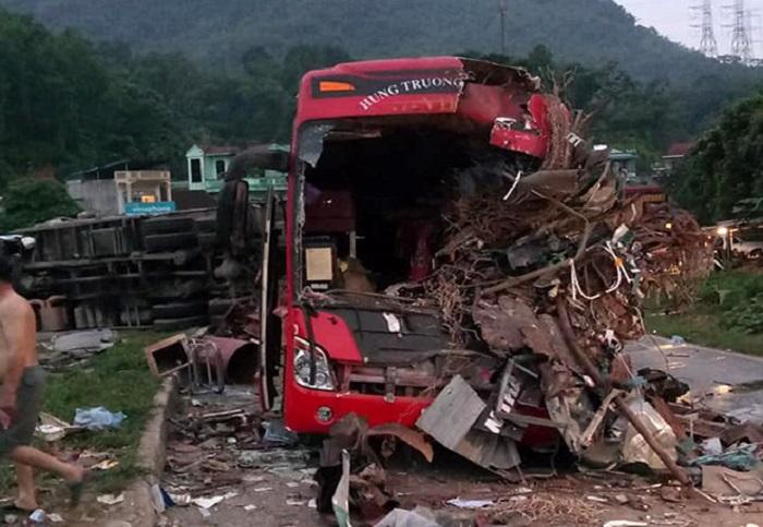 Thông tin mới nhất vụ tai nạn thảm khốc ở Hòa Bình khiến 41 người thương vong 1