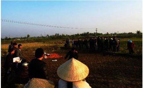 Bắt tạm giam 2 thanh niên xâm hại cụ bà 64 tuổi ở Bắc Giang 1