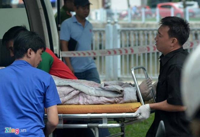Hành động lạ trước khi tử vong của nghi can sát hại bạn gái 19 tuổi ở TP HCM 1