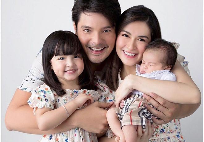 'Mỹ nhân đẹp nhất Philippines' bất ngờ lộ thân hình kém thon sau sinh con 4