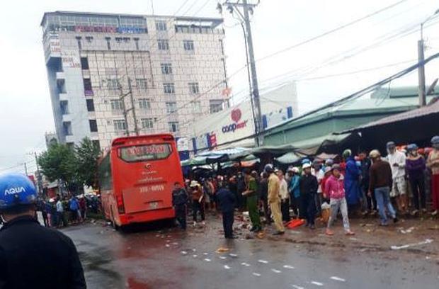 Thông tin bất ngờ về vụ xe khách tông 4 người tử vong ở Gia Lai 1