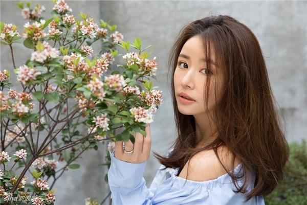 Lâm Tâm Như gây sốt với hình ảnh trẻ trung như thiếu nữ ở tuổi 43 1