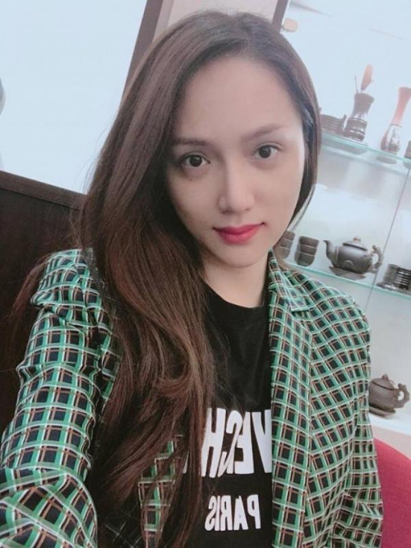 Hoa hậu chuyển giới Hương Giang tự tin để lộ mặt mộc: Nhan sắc đẹp đến ngỡ ngàng 6
