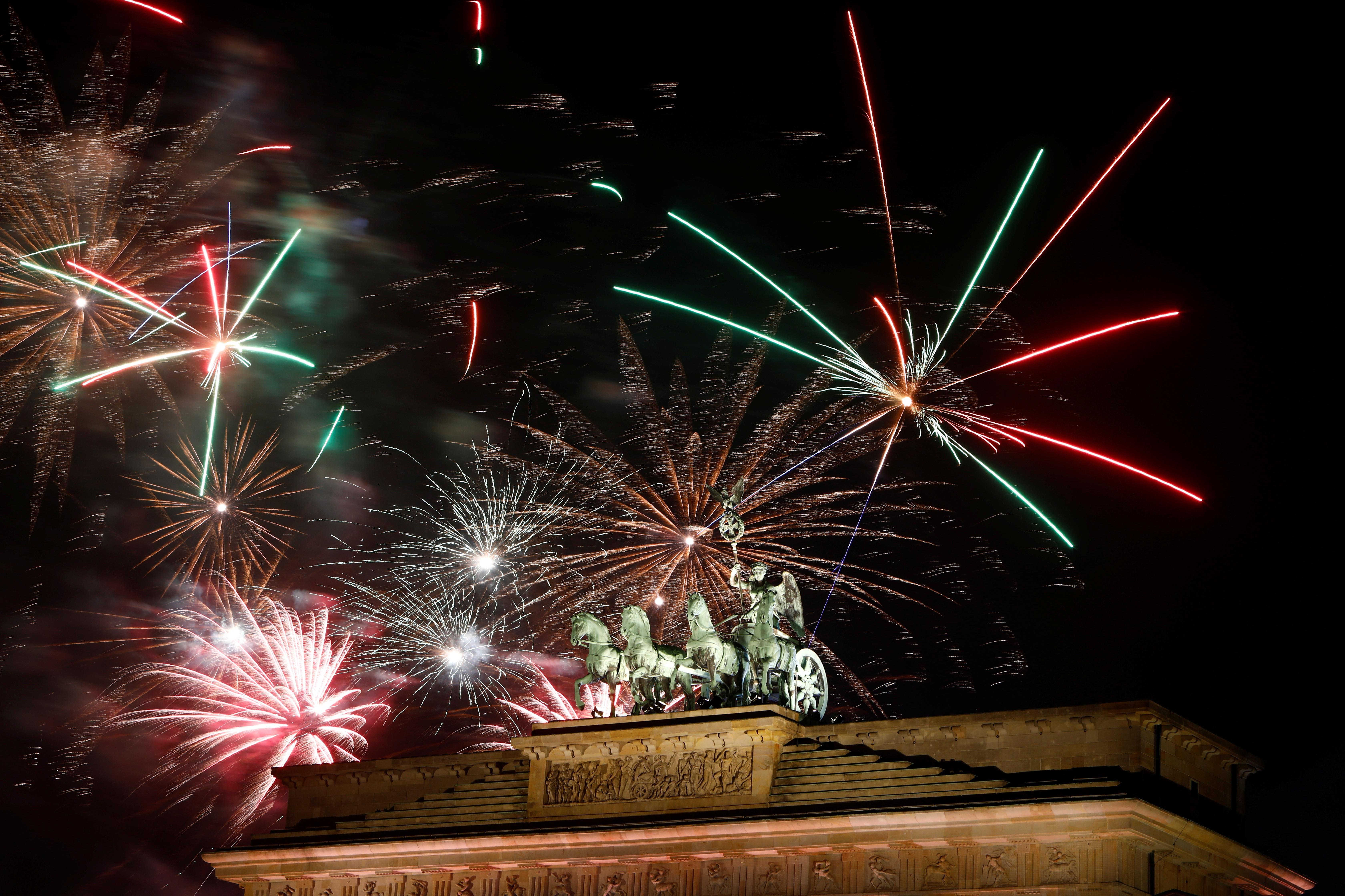 Mãn nhãn với bữa tiệc pháo hoa mừng năm mới 2020 trên khắp thế giới 4