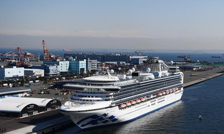 Đã có 174 người nhiễm virus corona trên du thuyền Diamond Princess 1
