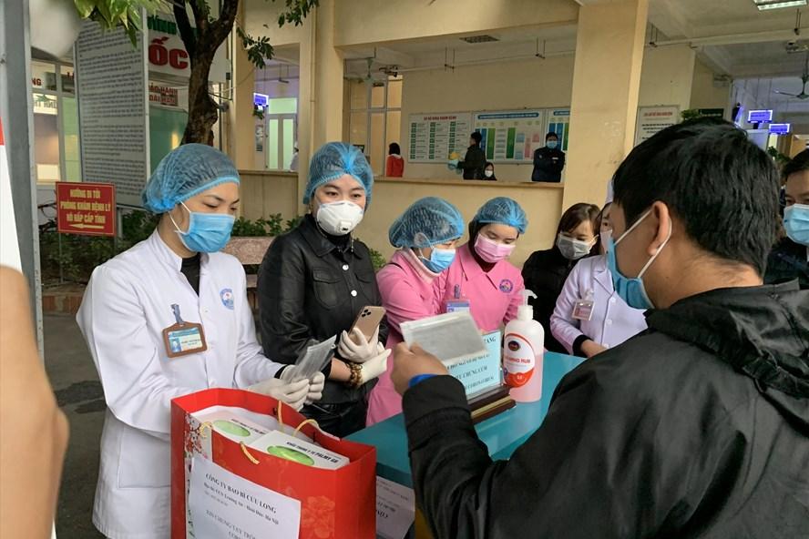 Bộ Y tế có công văn khẩn đề nghị cảnh giác với tất cả người bệnh tới viện khám 1