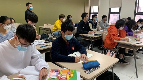 Hàng loạt trường Đại học quyết định cho sinh viên nghỉ 1-3 tuần để chống dịch COVID-19 1