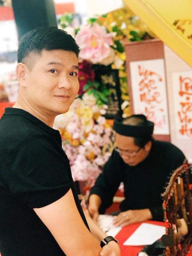 Minh Hằng tiếp tục lộ bằng chứng đang yêu đại gia, dân mạng tra danh tính 4