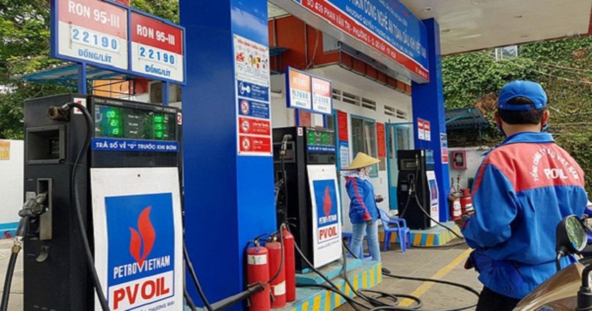 Tin tức giá xăng dầu mới nhất: Trong nước bất ngờ giảm xuống 1