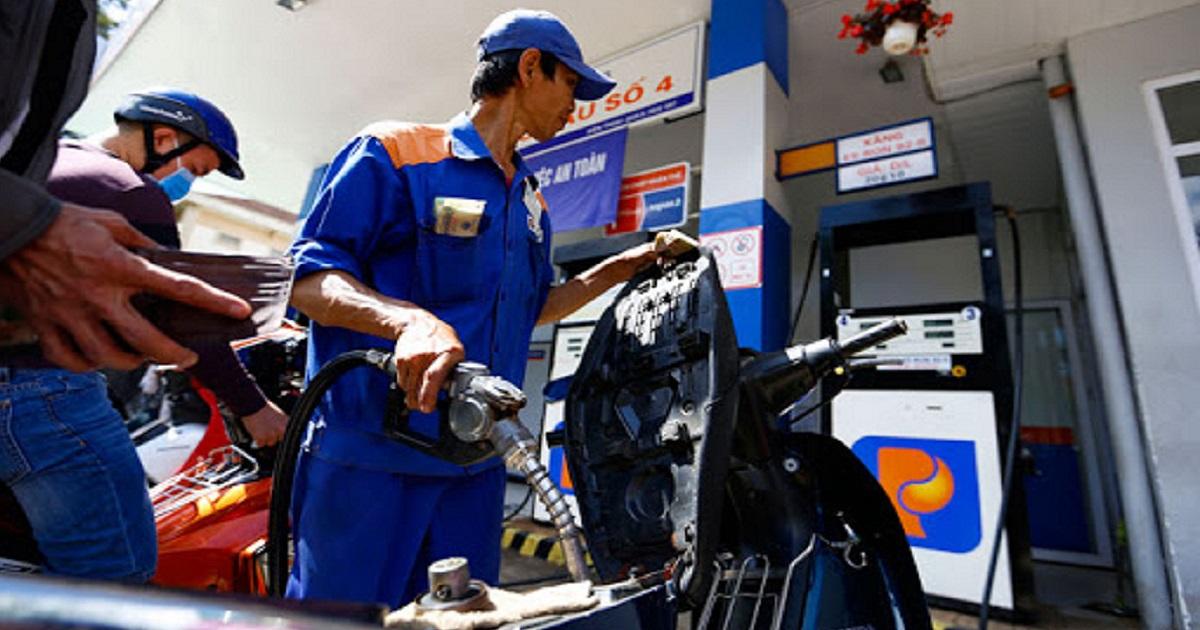 Tin tức giá xăng dầu hôm nay ngày 26/11: Đồng loạt tăng mạnh 2