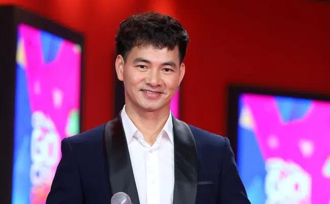 اخبار سرگرمی 24 ساعت: ژوان باک مدیر تئاتر درام ویتنام شد ، NS Giang Whistle در بیمارستان 1 بستری شد