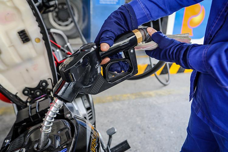 آخرین اخبار قیمت بنزین امروز 5/2: ادامه دهید 2