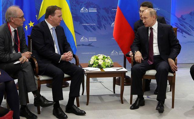 Phản ứng bất ngờ của Putin khi phiên dịch viên tự ý sửa lời 1